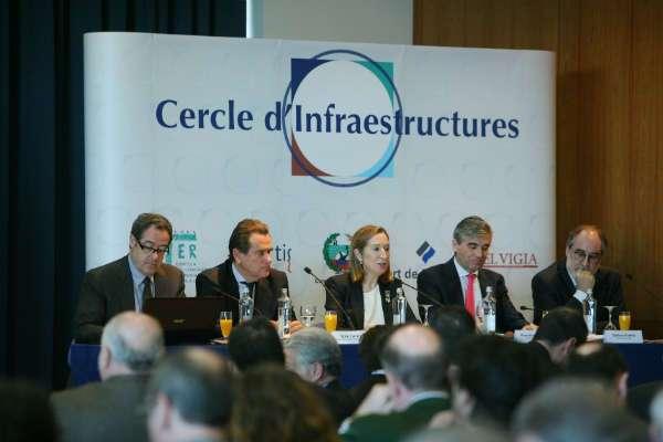 Pastor destaca els ports com a peça clau de la importació i l'exportació a Espanya