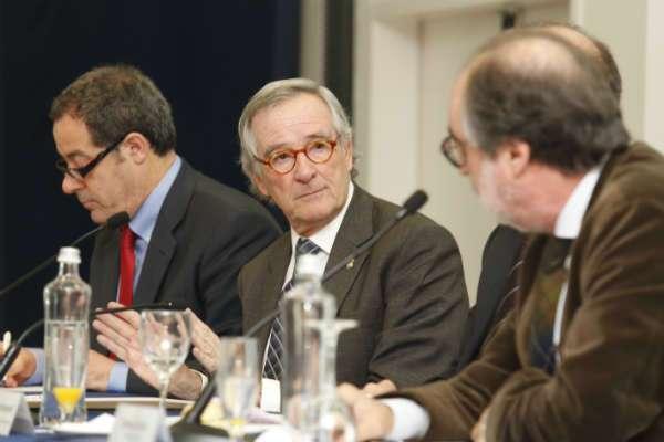 Trias es reunirà amb els ministres Montoro i Pastor per desencallar infraestructures pendents