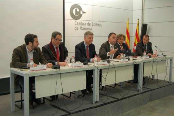 """L'alcalde de Manresa afirma que la connectivitat ferroviària """"és un element clau per a l'equilibri territorial"""""""
